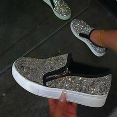Femmes PU Talon plat Chaussures plates Low Top bout rond Glisser sur avec Strass Rivet chaussures