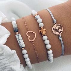 En forme de coeur Alliage Résine avec Conception de serpent Femmes Bracelets 4 PIÈCES