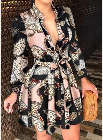 Imprimé Manches Longues Robe trapèze Au-dessus Du Genou Décontractée Patineuse Robes